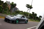 完整移植、真假难分Porsche 996 GT3 RSR