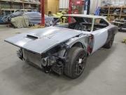1969道奇Charger改装成Challenger Hellcat Shell