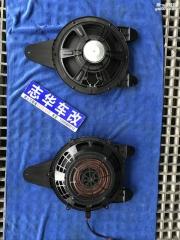 武汉 新款奥迪A4L原车共振问题怎样处理?更换原装B&O低音炮