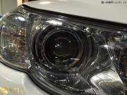 丰田锐志升级全新Q5双光透镜 氙气灯 安定器