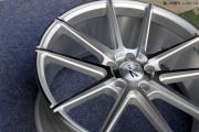 丰田汉兰达-刹车/轮毂轮胎升级两不误 安全终无忧!