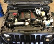 JL牧马人改装LS3 V8发动机 获得450马力