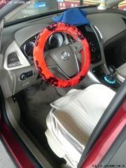 英朗装饰红色方向盘套+座椅套+脚垫