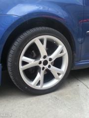 途安改装 换轮胎轮毂作业