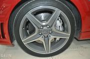 奔驰C改装 低调骚红色c63作业+贴个黑色的膜