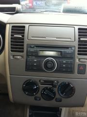 07老骐达安装安卓导航DVD及行车记录仪作业