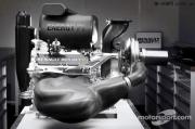 剑指梅赛德斯 雷诺展示新赛季F1发动机