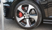 TAROX发布新的高尔夫GTI MK7大刹车套件